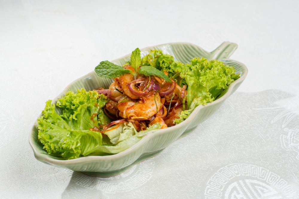 F - Thai Prawn Salad with Lemongrass